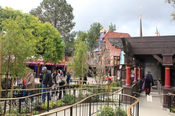 Disneyland Fantasy Faire (2)